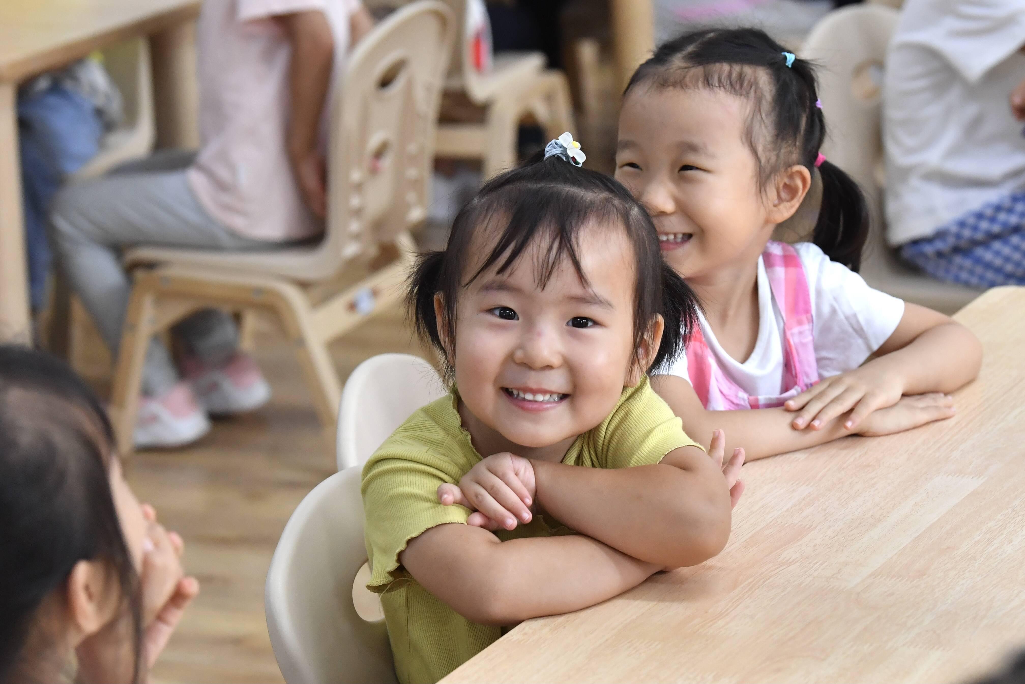组图|开学啦!萌娃元气满满重返幼儿园