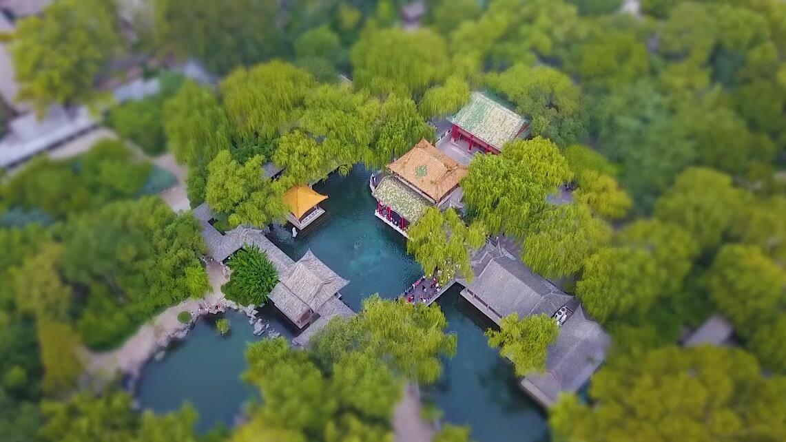 """诗画山东 """"移轴""""镜头下的迷你济南 给初秋的老城添了一份浪漫风情"""