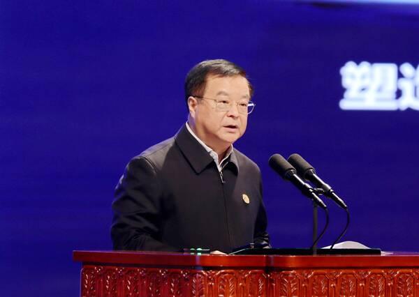 中国电信集团总经理、党组副书记李正茂:加快企业数字化转型,助力构建新发展格局