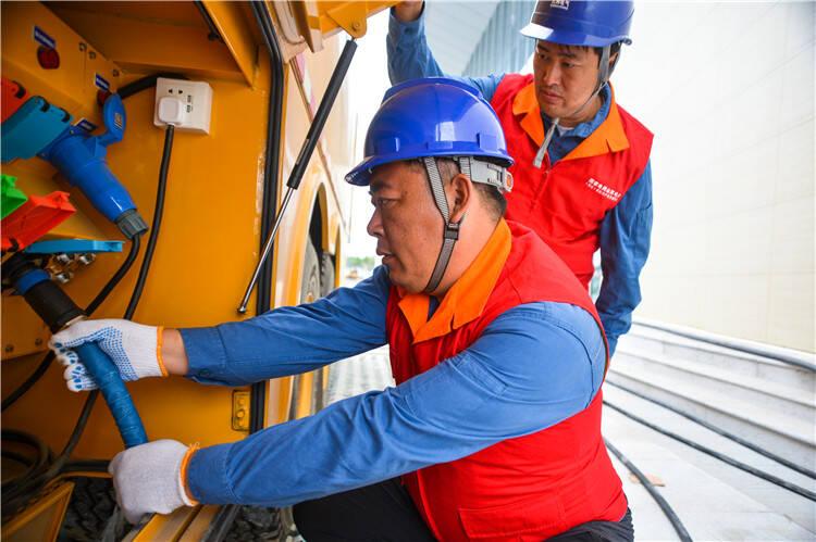 国网安丘市供电公司全力做好2021山东(安丘)出口农产品博览会保电工作
