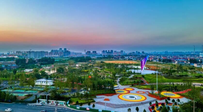 打造城市绿心!临沂罗庄银凤湖公园秀姿初现