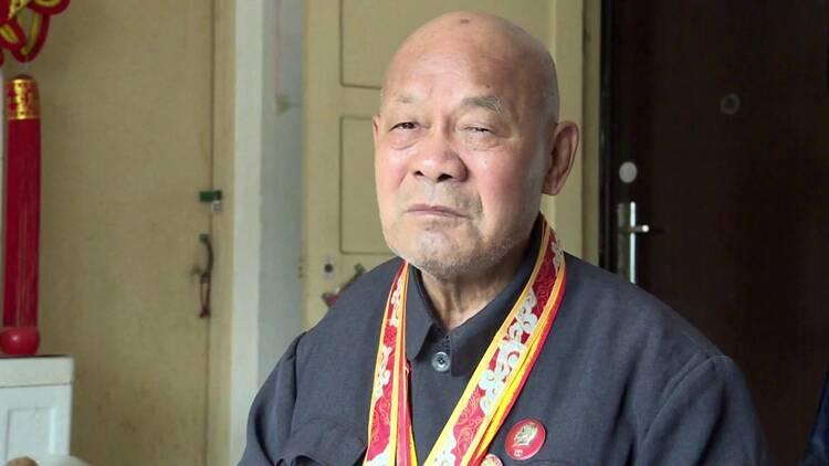 聊城89岁抗美援朝老兵亲述《长津湖》真实战役:天寒地冻缺衣少食,比电影更惨烈