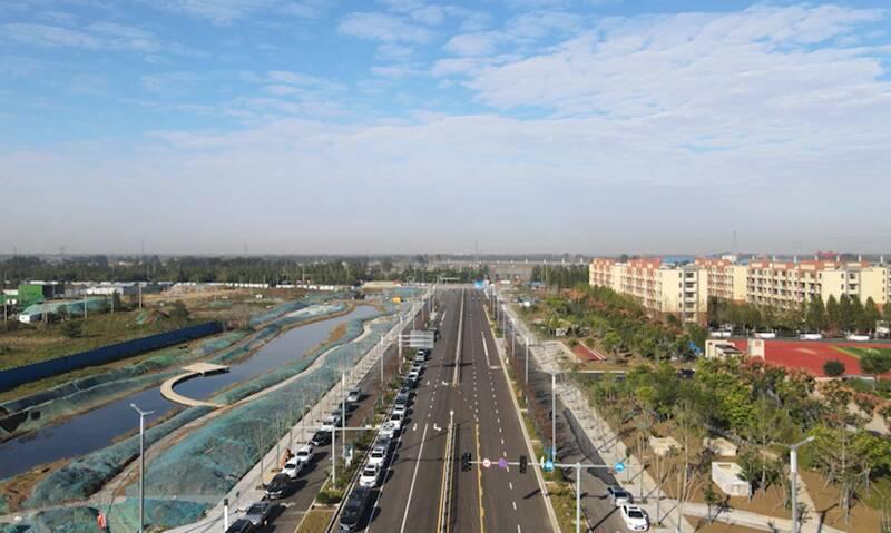 聊城高铁新区第一条建成的市政道路!西关街西段正式通车
