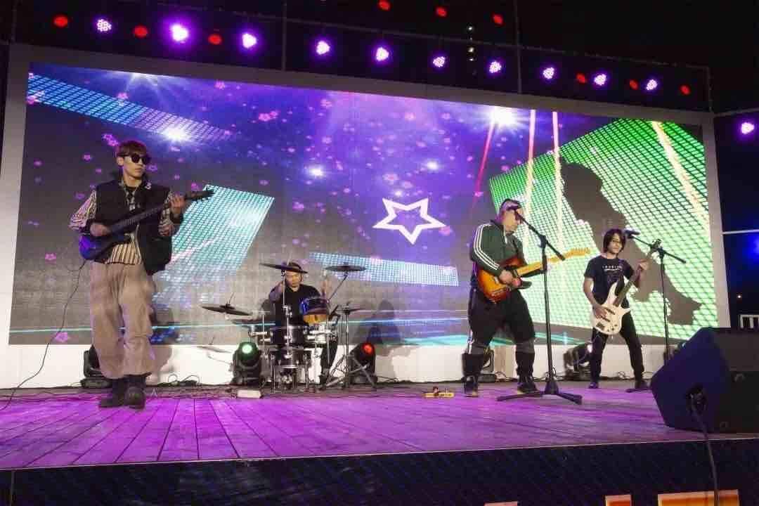 10月16日晚7点 济南街头艺人们在印象济南·泉世界唱歌给你听