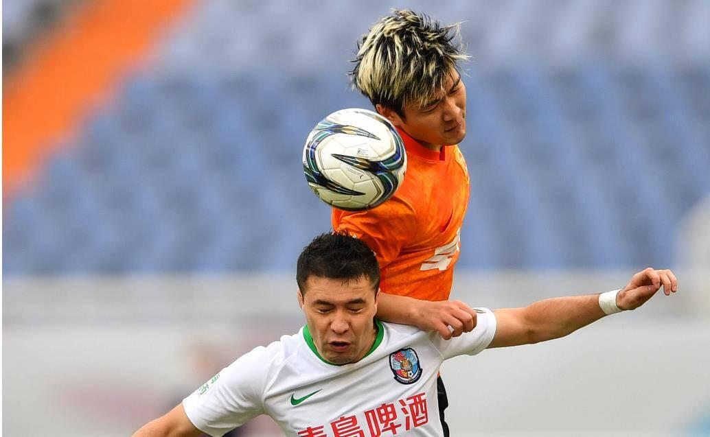 李霄鹏率领武汉队4-0力压青岛队,晋级足协杯八强