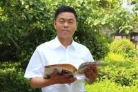 榜样力量|朱清科:祖孙三代照顾流浪老人18年,不是亲人胜似亲人