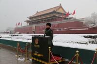 组图:北京迎来2020年第一场雪,他们是雪中最美的风景