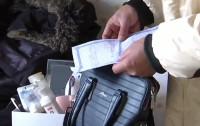 潍坊:人仍在世一年多却被提前办理了火化证