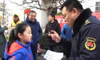83秒丨济南市中区开展垃圾现场分类活动 小区居民积极参与热情高涨