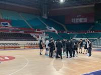 西王男篮客场备战广州 第三外援哈里斯随队出征
