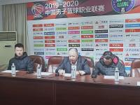 55秒|青岛男篮客场大胜山西王 赛后吴庆龙肯定球队表现