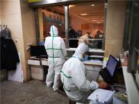 隔离病房一呆就是4-8个小时!奋战在一线的这些青岛医生们纸尿裤都用上了