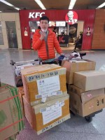 """济南旅行社们的特殊春节: 境外领队成为国际口罩""""搬运工"""""""