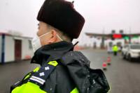 货车司机运送防疫物资打110求助 公安部门为保障通行实行多项举措