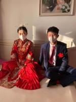 非常时期的特别婚礼:戴上口罩 我娶你回家