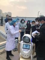 自动驾驶自行喷药!青岛造消毒机器人驰援日照定点医院