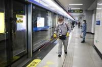 复工第一天青岛地铁运行平稳有序