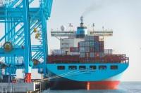 青岛港参与首个海外股权投资项目—意大利瓦多集装箱码头投入商业运营