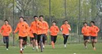 青岛中能开启训练模式 谭力玮等多名球员参加