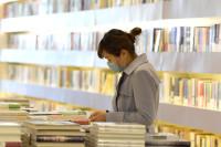 世界读书日,不读一日书而读一世书|闪电评论