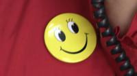 """世界微笑日!滨州沾化区服务大厅从细节做起、从身边做起 推行""""微笑""""工作法"""