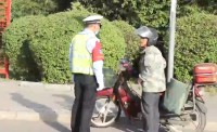查处摩托车违法行为256起!曲阜市交警大队严查摩托车违法动真格