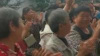 济南章丘法院收割老赖850亩麦子后续:村民喜提50万执行款 现场点钱