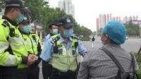 济南开展交通违法行为重点整治行动 记者蹲点:半小时十多人骑车逆行被查