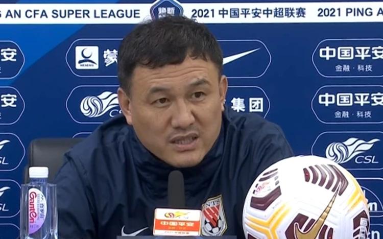 郝伟:感谢球迷冒雨观战 前场到禁区球队还需提升