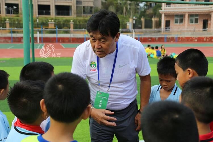 大连足球名宿迟尚斌因病不幸去世,享年72岁