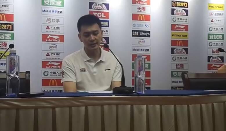 杨鸣:这个赛季确实任务完成地不好 我作为教练承担主要责任