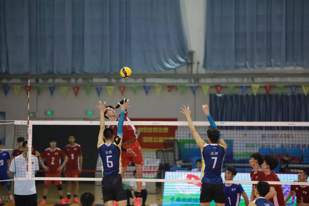 十四运青年男排资格赛潍坊赛区开赛