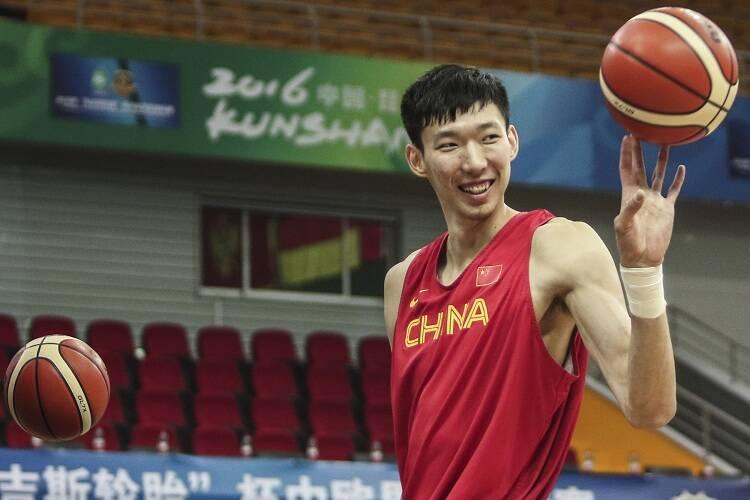 中国男篮:周琦手术成功,将与王少杰同赴菲律宾与男篮会合