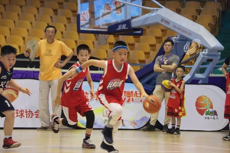 2021山东省小篮球联赛济南市级赛在省体育中心开赛