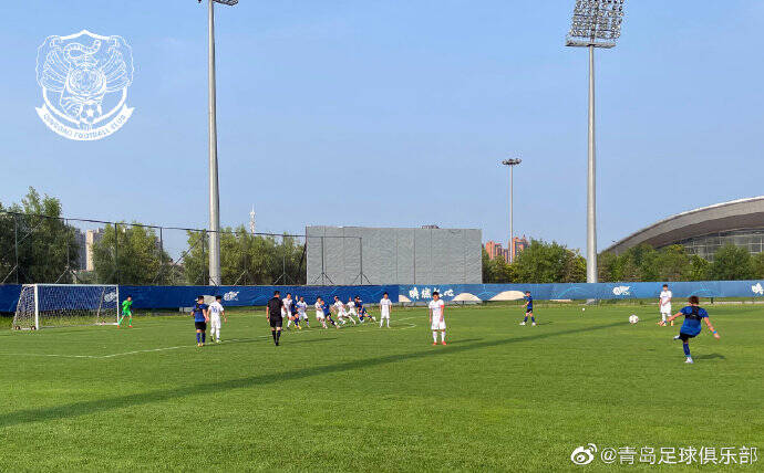 热身赛:拉多尼奇、胡家笠破门 青岛队2-3不敌申花