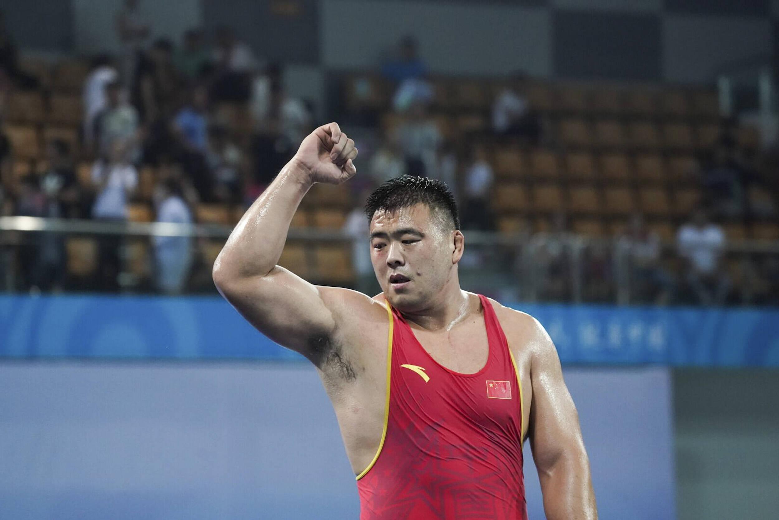中国摔跤队奥运名单公布 山东老将邓志伟入选