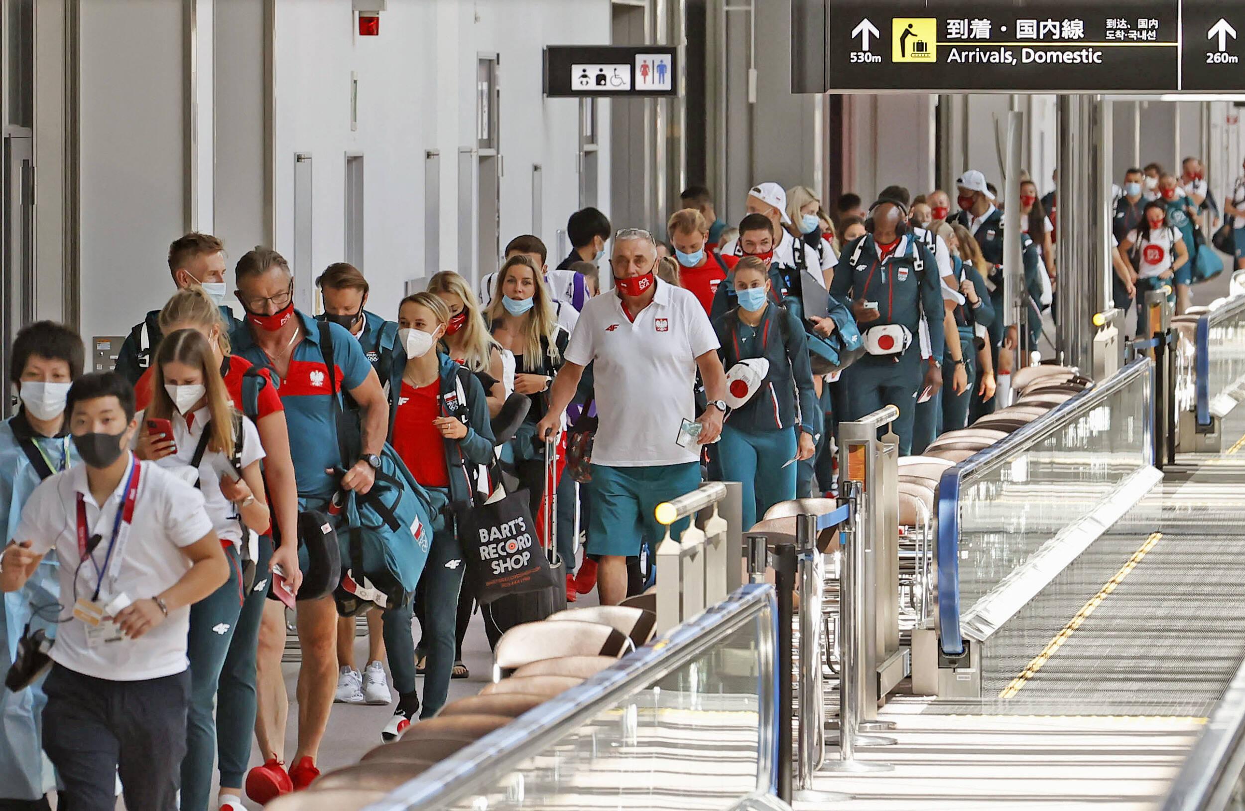 波兰泳协不知队员未获奥运资格 6名游泳运动员刚抵东京就被迫回国