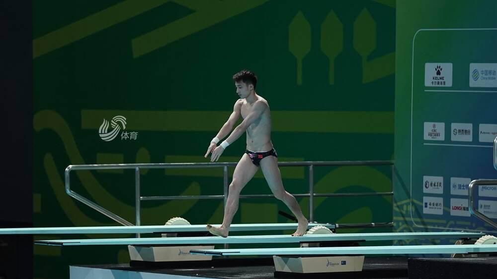 恭喜!练俊杰获第十四届全运会跳水男子全能比赛银牌